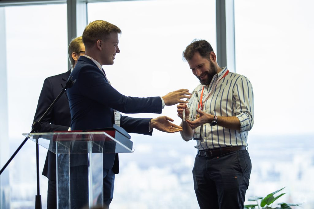 "Kacper Winiarczyk receivers the first ""Friend of Young Leaders"" Award"